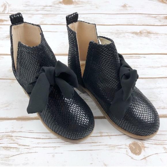 8ec6b98101a7 Joyfolie Collette black booties